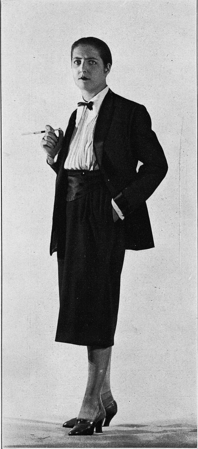 November 1925 Les Modes Beer Le Smokingcropped